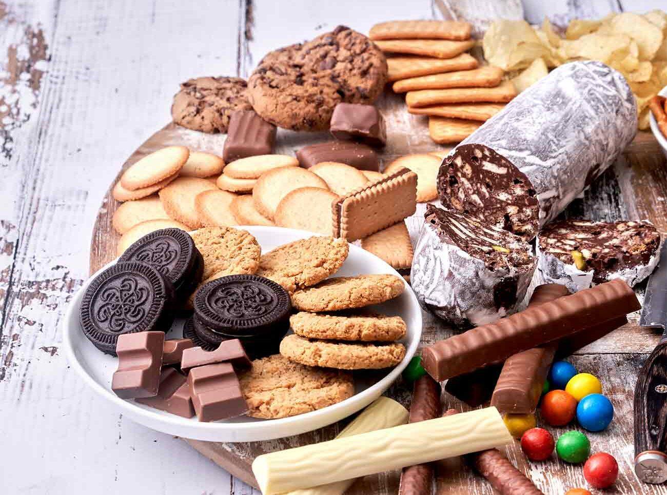 Ein Grazingboard mit süßen und salzigen Snacks ist immer ein Hingucker.
